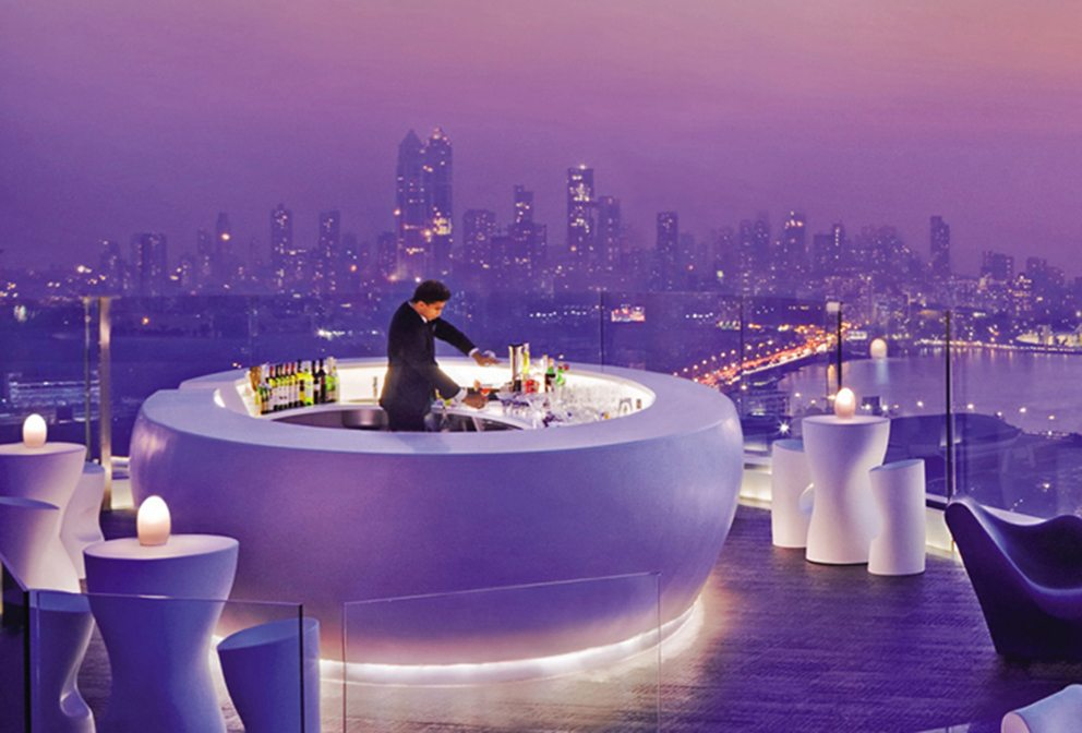 13 Best Rooftop Bars In The World