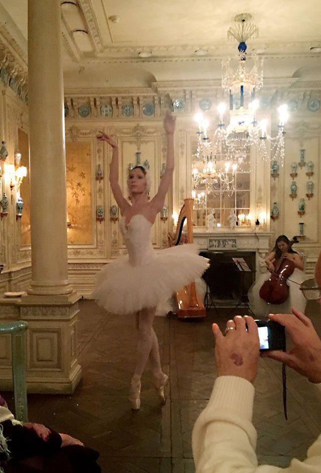 Ballet dancer in Moscow