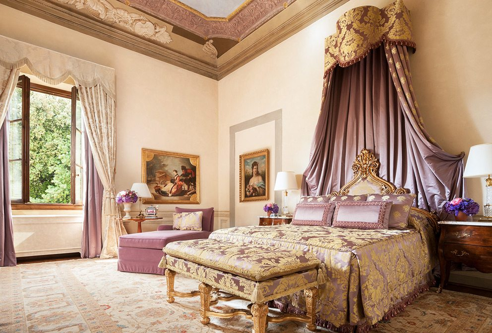 Famous hotels of europe four seasons hotels and resorts for Planimetrie della master suite