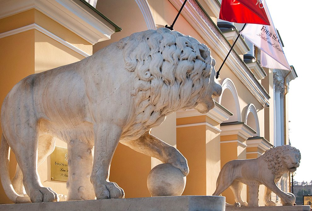 Four Seasons St. Petersburg Lions Guarding Palace