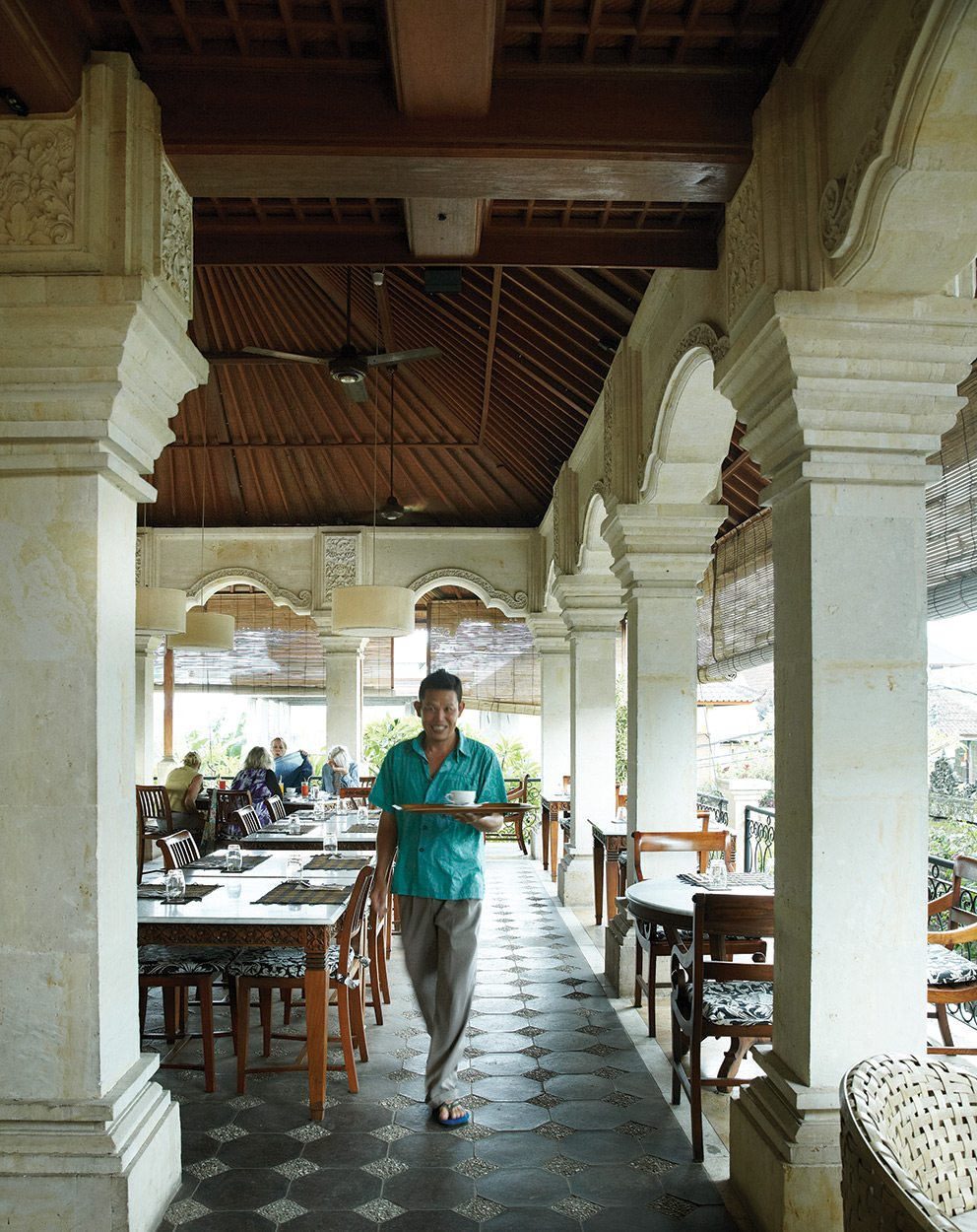 Welcome atmosphere at DeNeefe's eateries: Honeymoon Guesthouse 1, Upstairs Breakfast Room