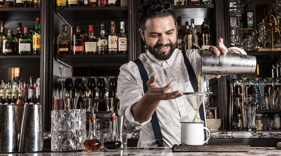 Four Seasons Mexico's Bartender Axel Pimentel