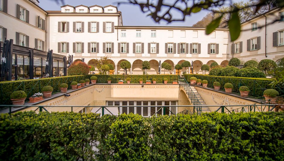 The courtyard of Four Seasons Hotel Milano