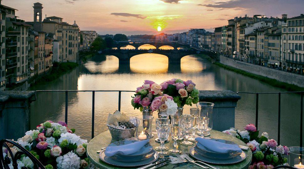 Dinner above the Ponte Vecchio