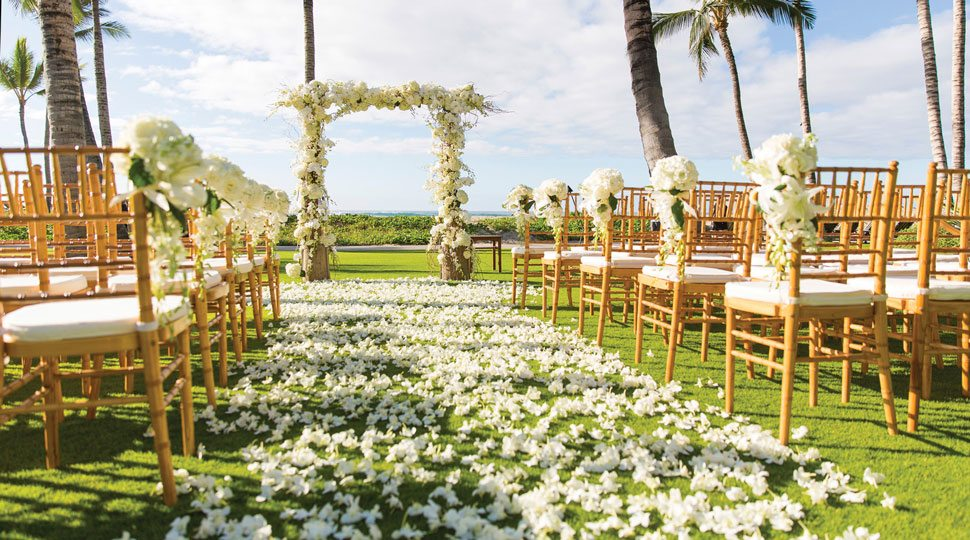 Wedding scene at Four Seasons Resort Hualalai