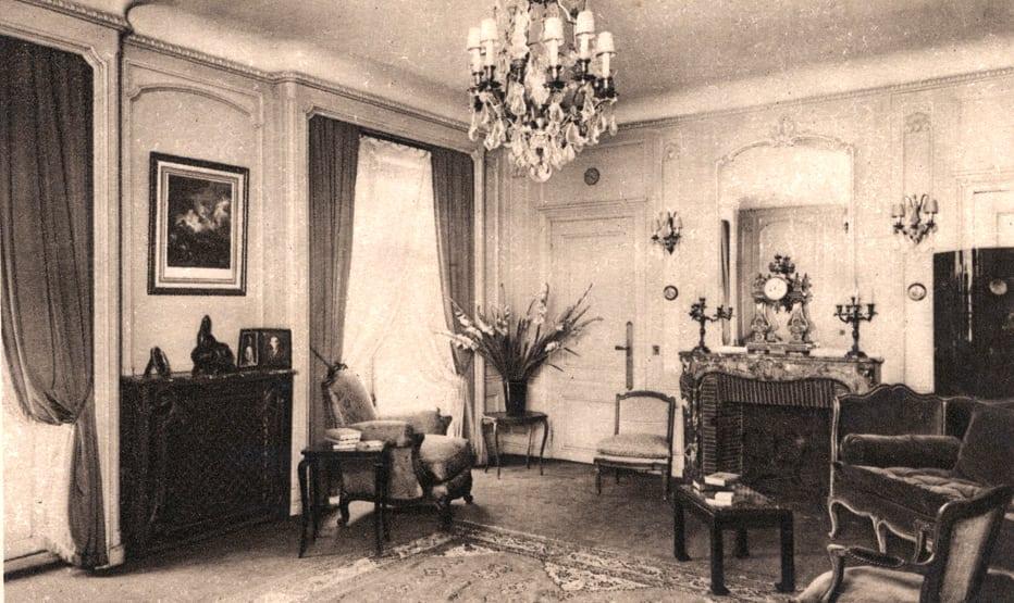 George V suites vintage