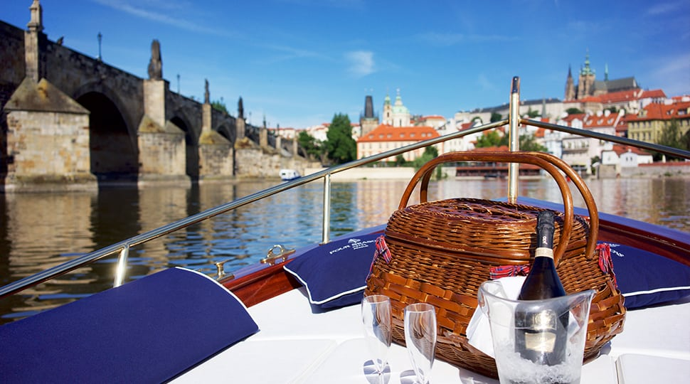 Prague boat picnic