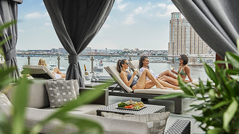 Connect with friends at our rooftop pool